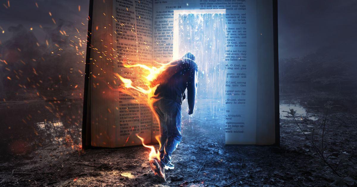 Concernant l'Enfer.... Voici les versets qui nous donnent des indices importants sur le fait que l'enfer peut être littéralement situé juste sous notre terre, et éventuellement juste au centre ou près de celui-ci.