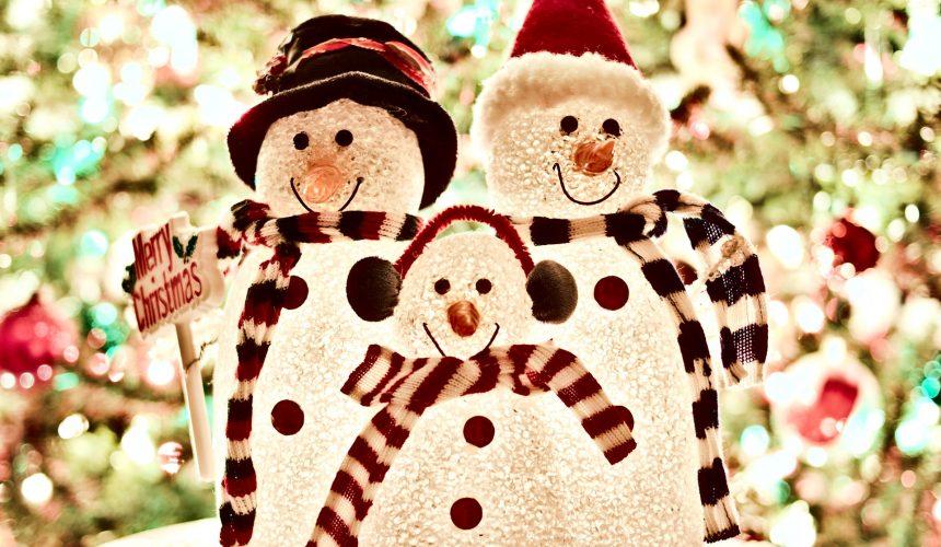 Quelle est l'origine de Noël? De la Bible ou du paganisme? Quelle est l'origine véritable du Père Noël, du gui, des arbres de Noël, des guirlandes et de la coutume d'échanger des cadeaux? Plusieurs voudraient «réintroduire le Christ dans la fête de Noël». Y a-t-il seulement jamais été?