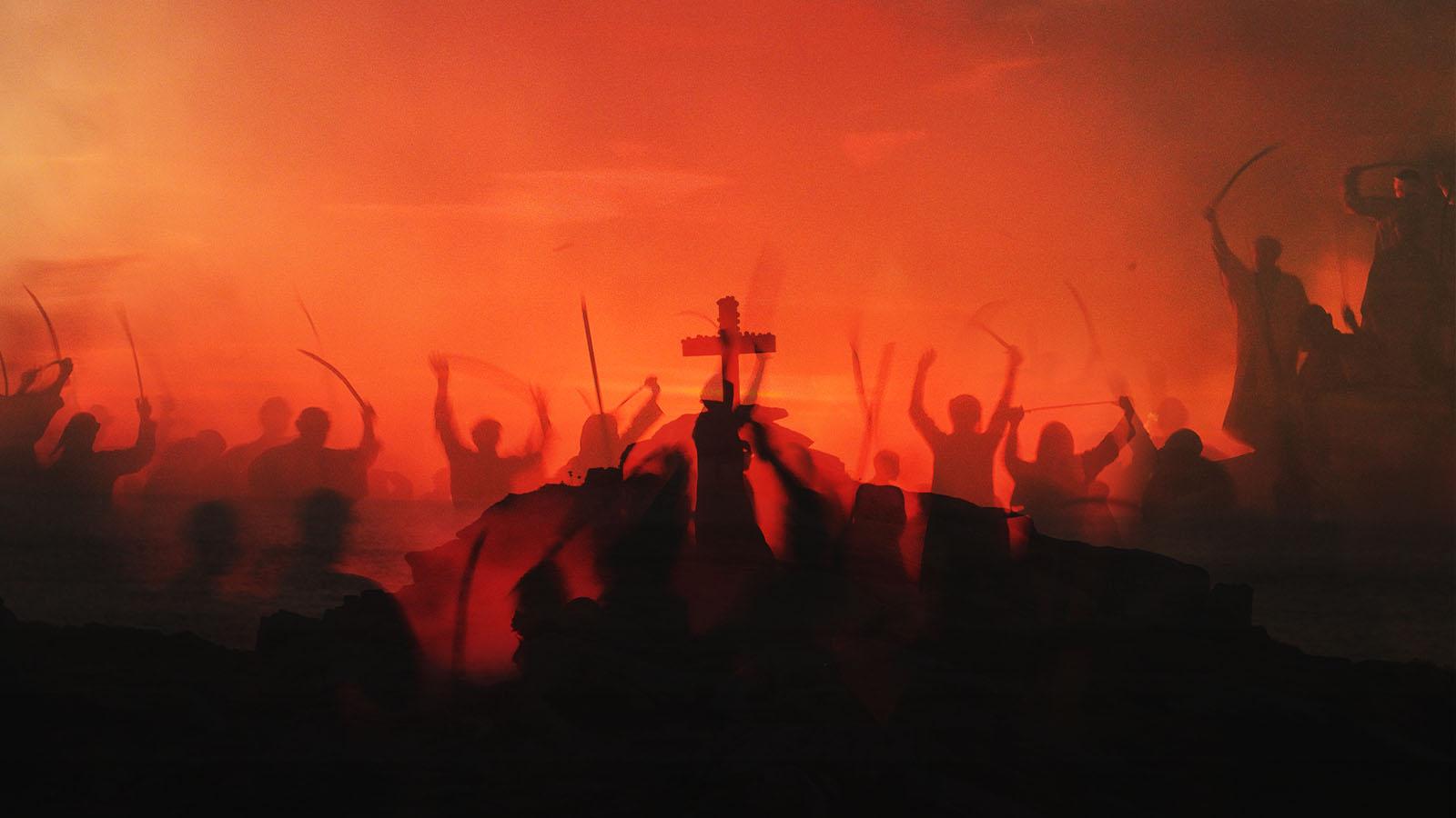 Jésus bat ses ennemis à la bataille d'Armageddon.. Ils les rassemblèrent dans le lieu appelé en hébreu Harmaguédon. Apocalypse 16 v 13