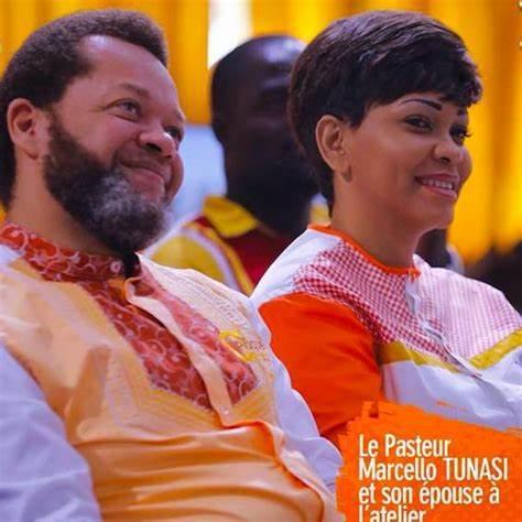 Pasteur Marcello Tunasi et sa Femme. Marcello est marié à Blanche KANDOLO Tunasi et il est le père de trois enfants: Oracle, Shukrani et Shiphra.