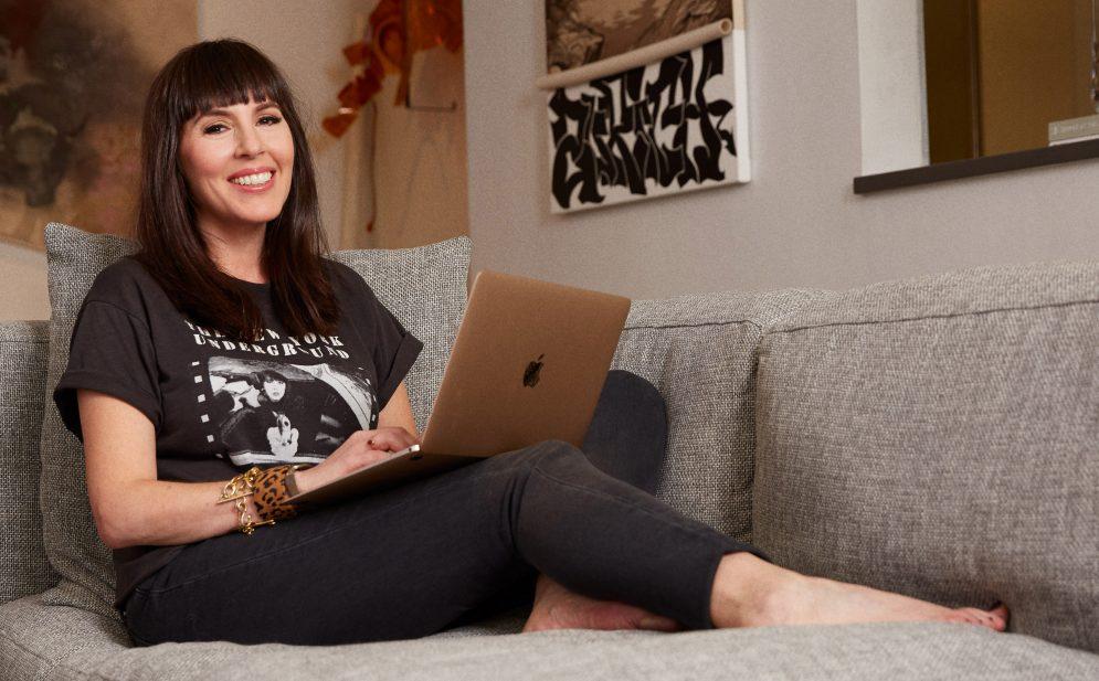 LAURA-BELGRAY social media_ gagne plus de $6,000 par jour