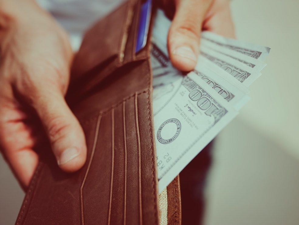 manque d'argents c'est une preuve que vous n'apportez aucune contribution sur le marché d'échange
