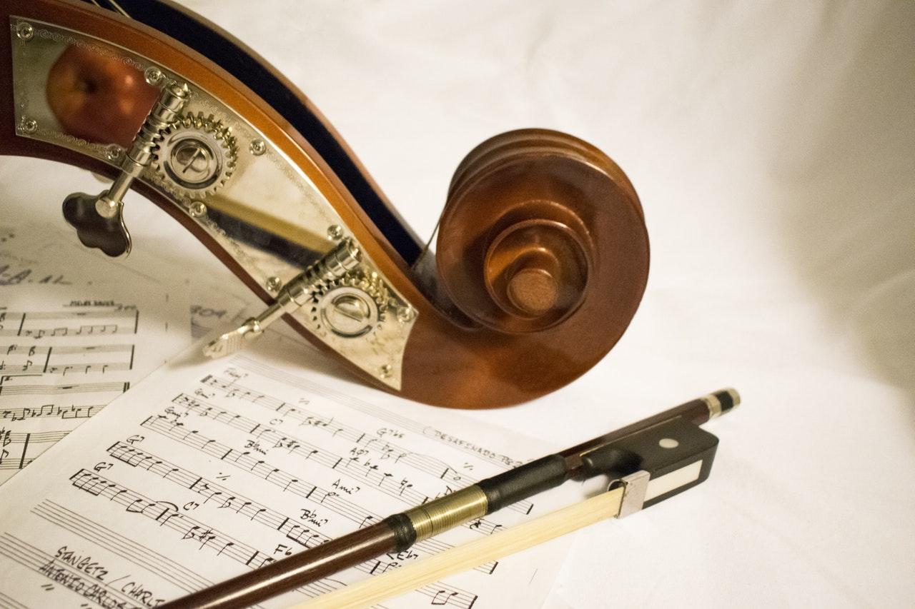 Quel genre de Musique les chrétiens peuvent écouter? Ici vous allez découvrir les 7 principes bibliques à prendre en compte pour choisir la bonne musique à écouter..