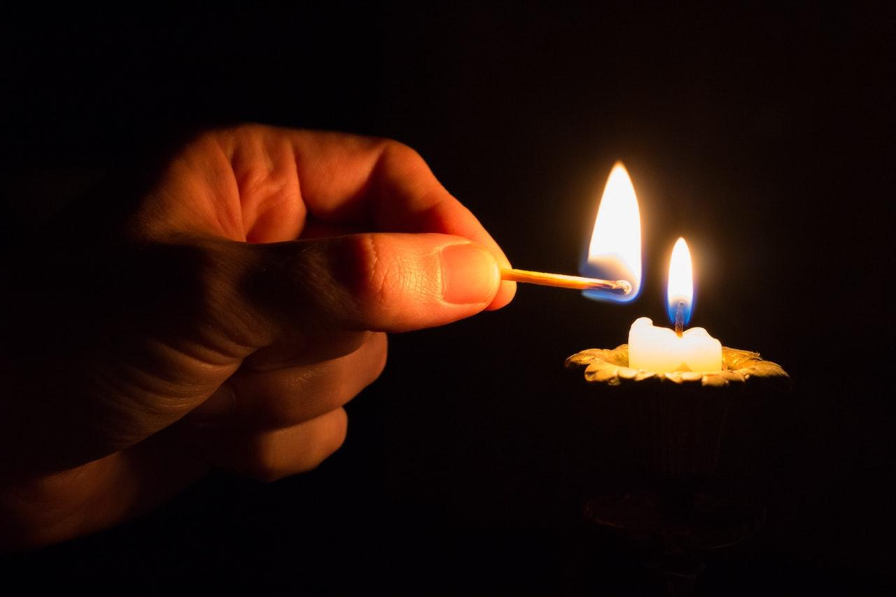 3 Prières évangéliques maléfiques que vous ne devez pas faire, fausse prière, fausse doctrine .. elles sont du diable..