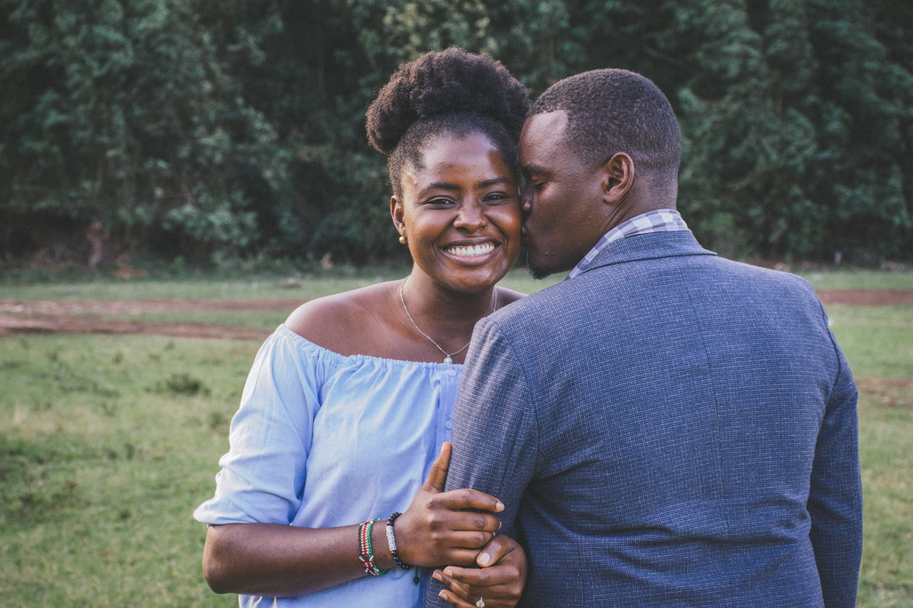 le cas de Bradley, sa femme lui a demandé divorce.. Il n'est pas permis de haïr sa femme, il n'est pas permis de faire des prières de malédictions contre sa femme.